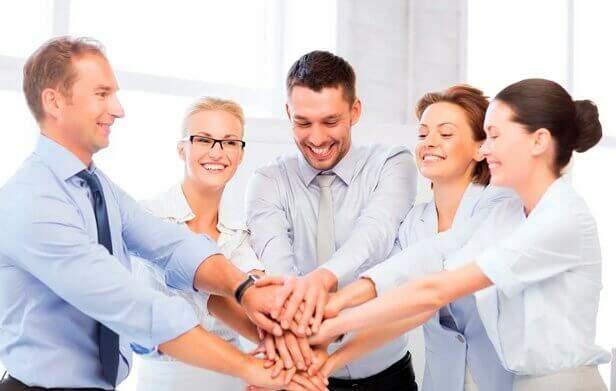 Palestras motivacionais para funcionários de empresas.