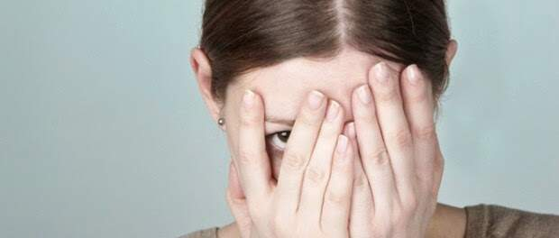 7 Segredos para controlar a mente das pessoas - Constrangimento