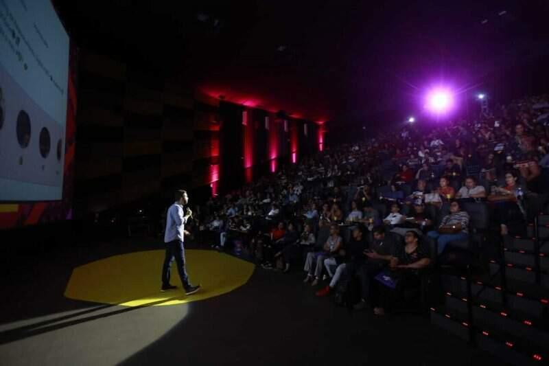 Melhor Curso de Redes Sociais e Marketing digital para Empresas - Palestra do Flávio Muniz